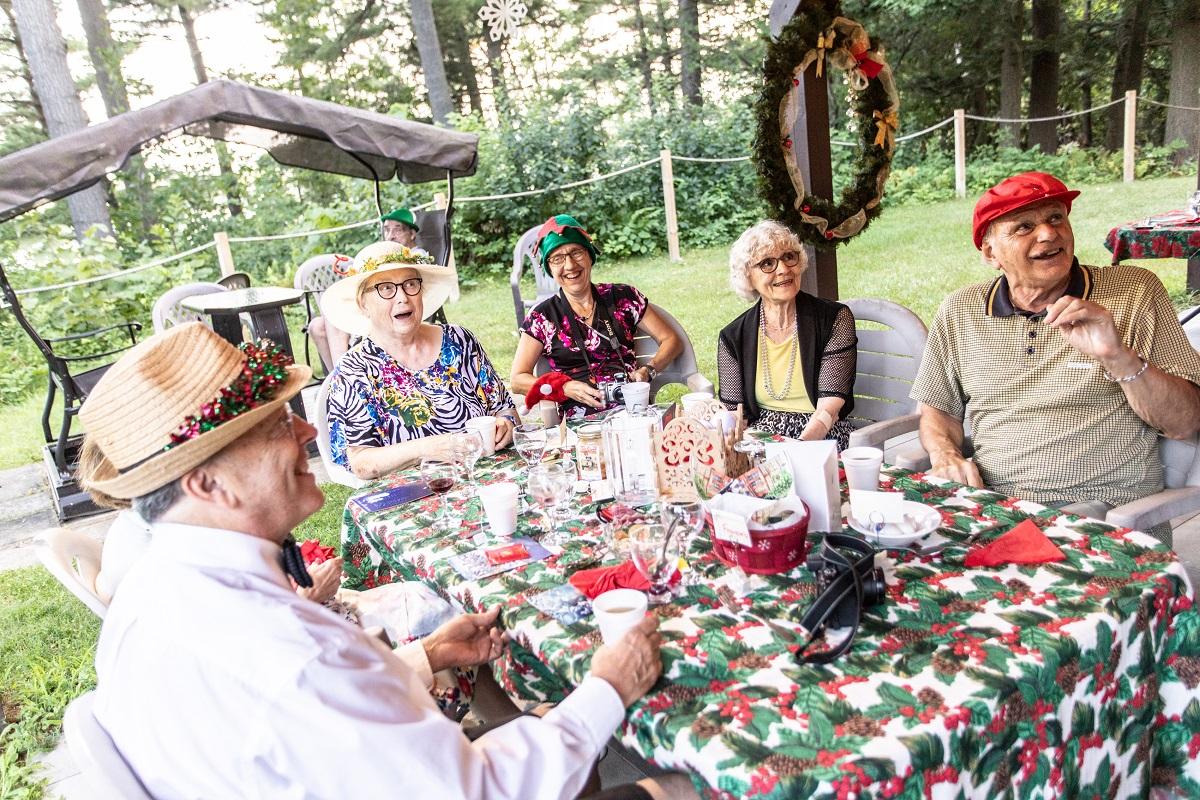 L'isolement des personnes du grand âge, un fléau de société